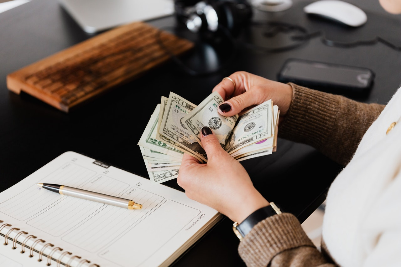 9 Benefits Of Quick Money Loans - 2021 Guide - The Video Ink