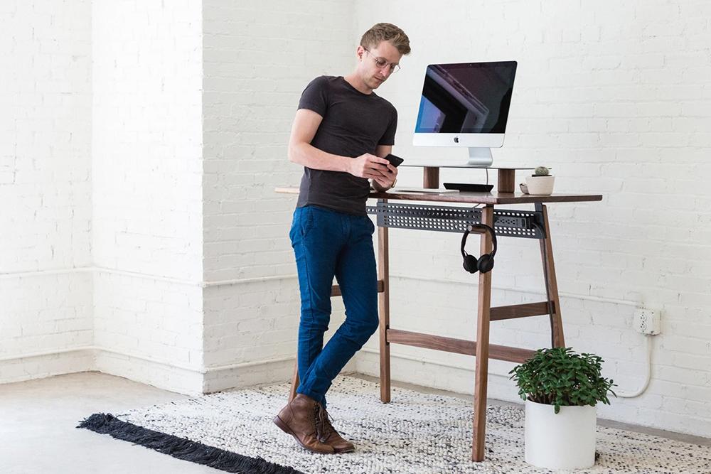 Big Benefits Of Standing Desks, Good Adjustable Desks